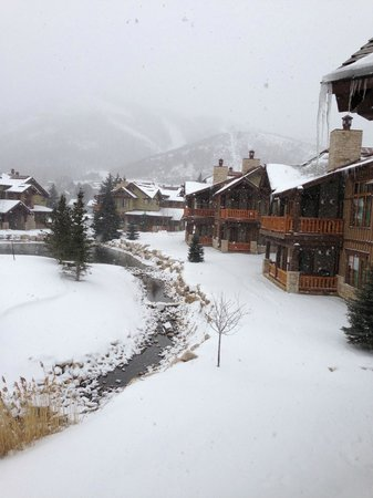 Hotel Park City: View from Cottage #1