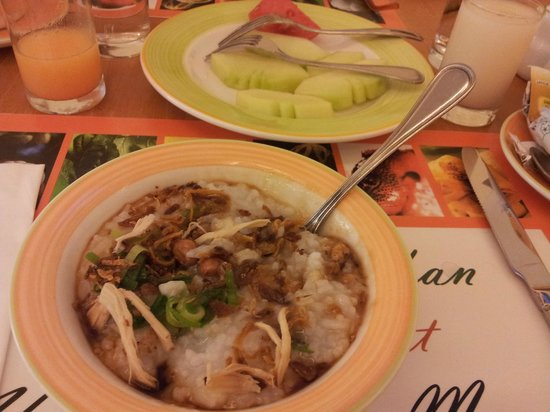Hotel Ibis Yogyakarta Malioboro: my favorite chicken porridge at Ibis Malioboro
