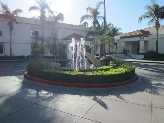 Entrance To Lobby Picture Of Palm Canyon Resort Spa Palm Springs Tripadvisor