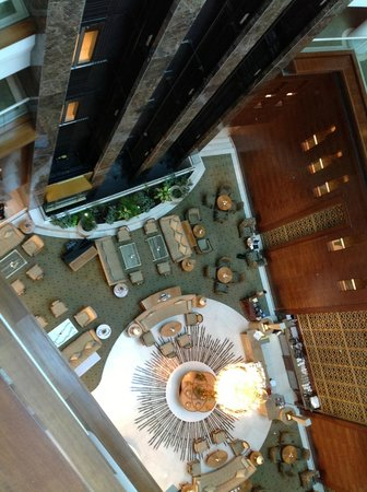 Millennium Hotel Doha: Lobby vu du haut