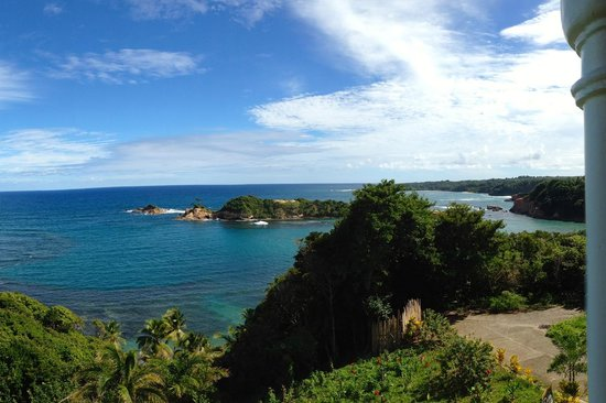 Calibishie Cove: View from Rainforest Suite & Seaview