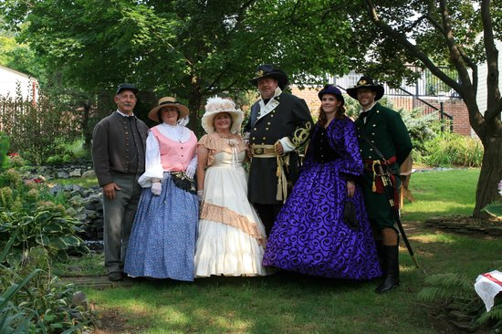 "Brickhouse Inn Bed & Breakfast: The ""Period"" Dressed Group !!!"
