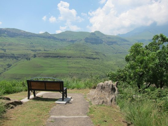 uKhahlamba-Drakensberg Park, : Seating area next to our chalet