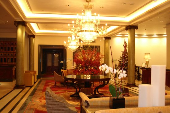 Chancery Court Hotel, London: The lobby