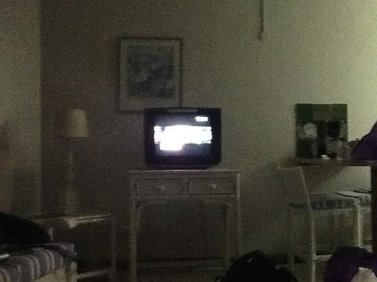 Fleetwood on Sea: view of the neverending tv from the bed