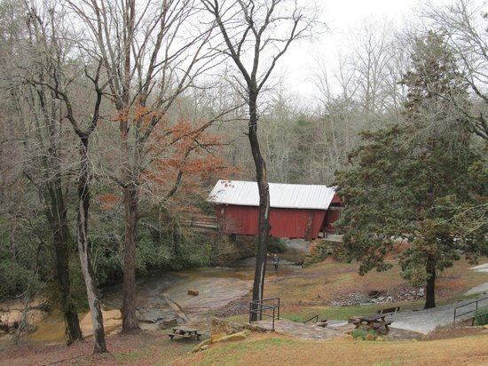 Campbell's Covered Bridge: View from the parking lot