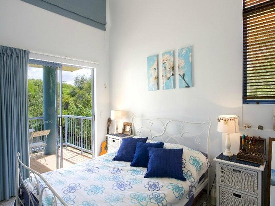Castaway Cove: Penthouse Master Bedroom