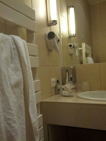 Golf Hotel: towel heater and hair dryer