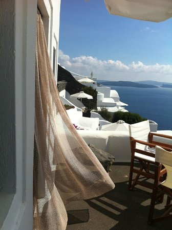 Perivolas: Our balcony, and curtains freely flowing in the wind