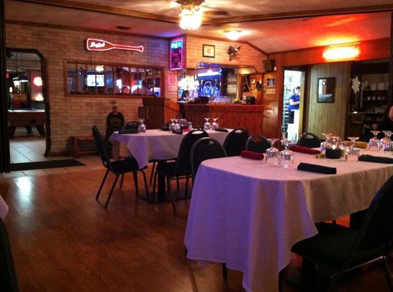 Sparta, WI: Club Oasis front Dining Room & Bar