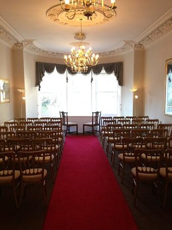 Chewton Place: 1 of 2 possible rooms for ceremony