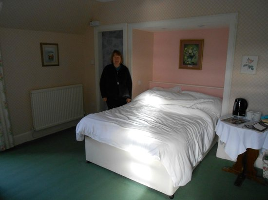 Strath Tummel, UK: Helen in our bedroom