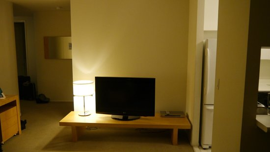 Marmara Manhattan Hotel: TV