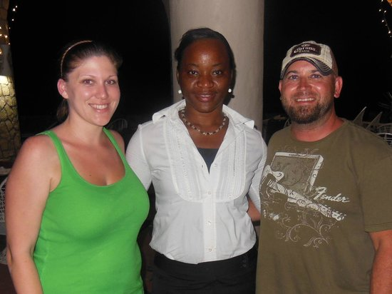 Home Sweet Home Resort: Latoya was our waitress everyday and we became friends. so sweet!