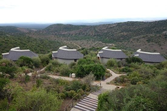 Kuzuko Lodge: The villas &amp; hills