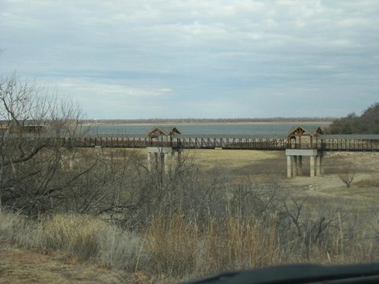 Lone Wolf, OK: Low level of Lake Lugert has its impact