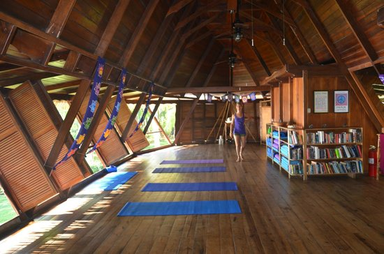 Ylang Ylang Beach Resort: Ireni in the Yoga Studio