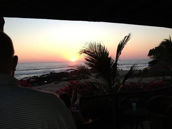 Casa Las Piedras: watching sunset from the house