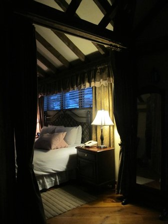 Glasbern Inn: a glimpse into the Cottage