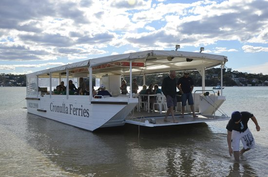 Cronulla & National Park Ferry Cruises: The Explorer pulling up for passengers to enjoy the beautiful waterways
