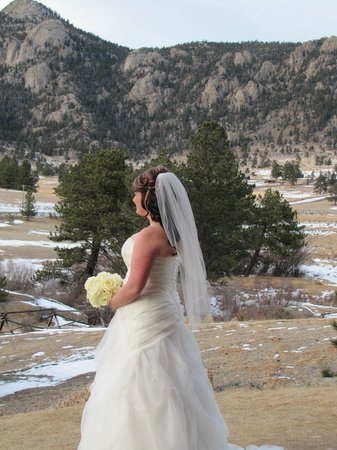 Black Canyon Inn: Wedding ceremony at the pavilion