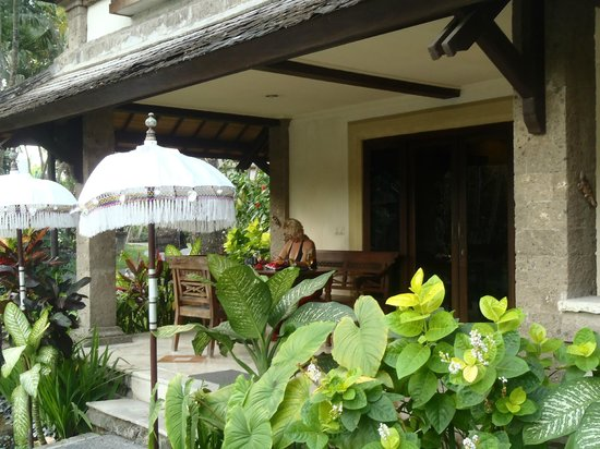 Hotel Vila Lumbung: front view of our room