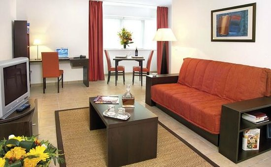 Park & Suites Confort Annemasse