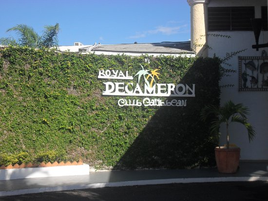 Royal Decameron Club Caribbean: at the reception