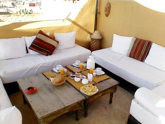 Dar Hanane: Breakfast on the terrace