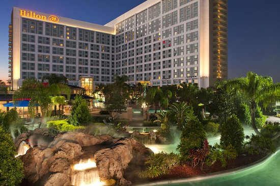 Hilton Orlando: Back of the Resort