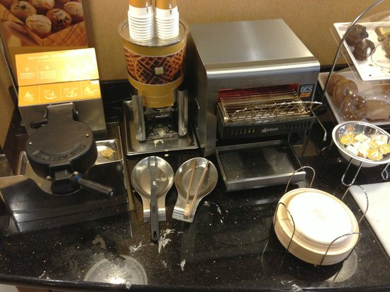 Hampton Inn Kingston : Breakfast