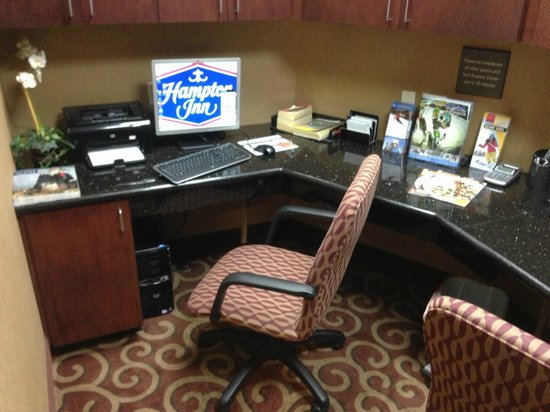 Hampton Inn Kingston: Bussiness Center