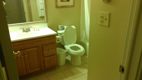 East Stroudsburg, : Bathroom