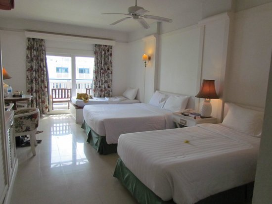 Andaman Seaview Hotel: Great room