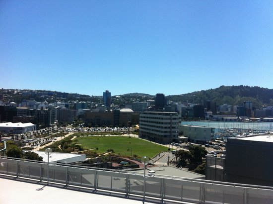 Copthorne Hotel Wellington Oriental Bay: A beautiful day in windy Wellington.