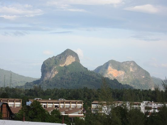 Royal Nakara Ao Nang: View of the mountains from verandah