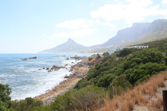 The Twelve Apostles Hotel and Spa: Great location for this hotel