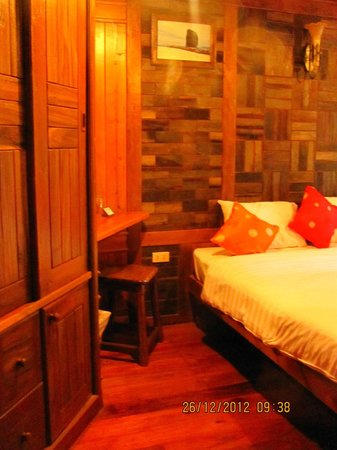 Phu Pha Ao Nang Resort and Spa: Our Room
