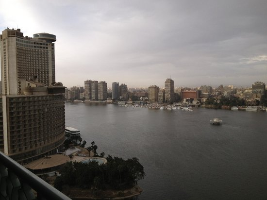 Four Seasons Hotel Cairo at Nile Plaza: Nile view from our room