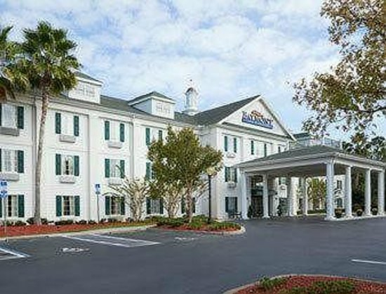 Baymont Inn & Suites Daytona Beach / Ormond Beach: Enterance