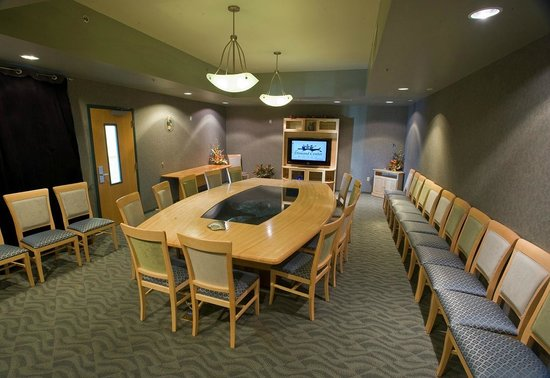 Dimond Center Hotel: Kachemak Bay Boardroom