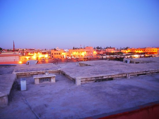 Hotel Cecil Marrakech: View from the terrace - looking out to Jamaa el Fna Square