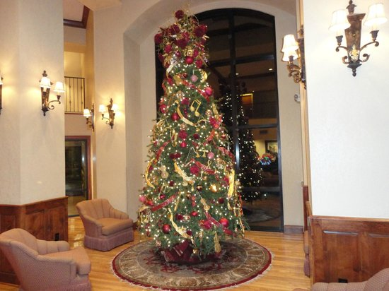 Music Road Inn: Christmas Tree