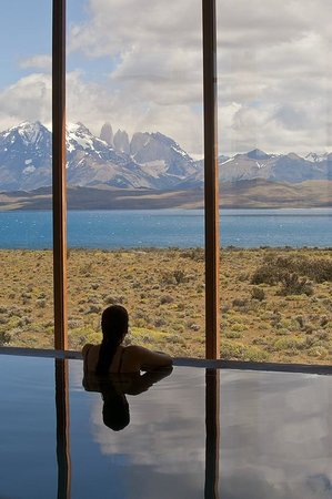 Tierra Patagonia Hotel & Spa: View from the pool