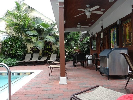 ‪‪Travelers Palm Inn‬: Pool