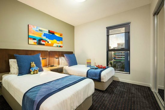 Quest Docklands: Two Bedroom Apartment, Bedroom great for the family!