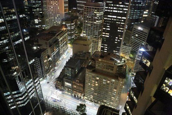Amora Hotel Jamison Sydney:                   Looking down at Bridge and George Streets