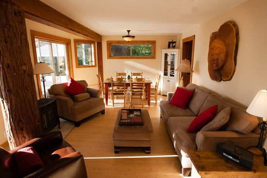 Photo of Chesterman Beach Bed and Breakfast Tofino