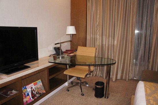 Crowne Plaza Today New Delhi Okhla: ROOM
