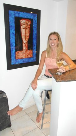 Modigliani Art and Design Suites Mendoza:                   enjoying the room